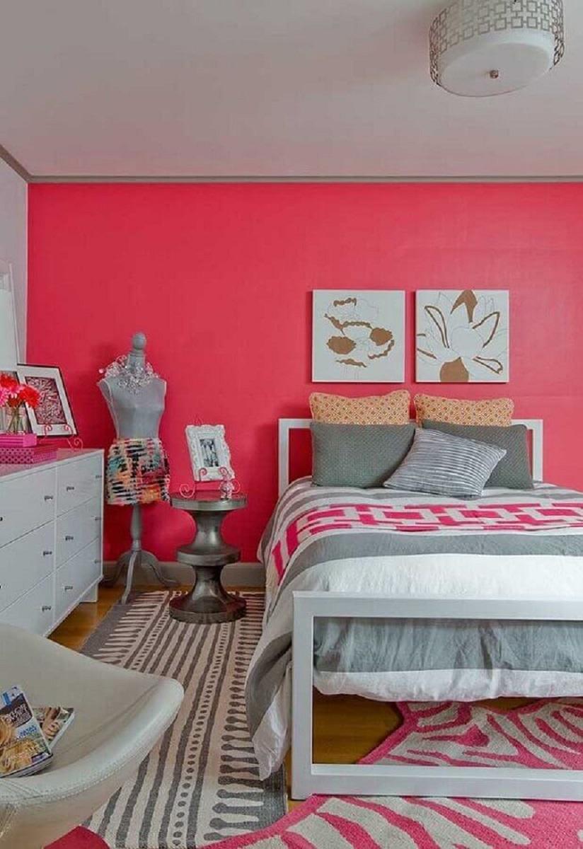 quarto feminino decorado com cor de parede rosa Foto Pinterest