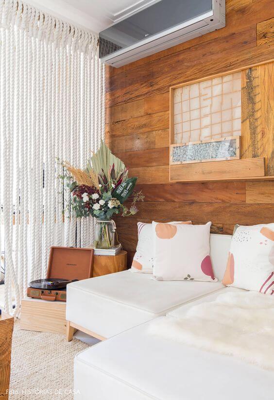 Revestimento rústico para sala de estar