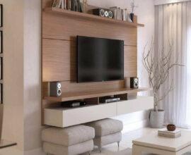 sala branca decorada com rack com painel pequeno para TV suspenso Foto Pinterest