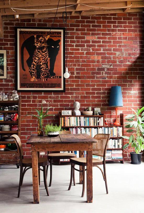 Sala com papel de parede tijolinho rustico