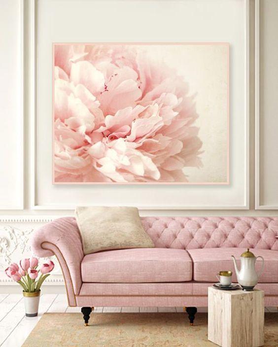 Sala com tons cor de rosa
