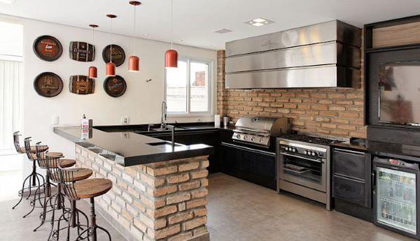 Balcão de tijolinho a vista na cozinha rustica