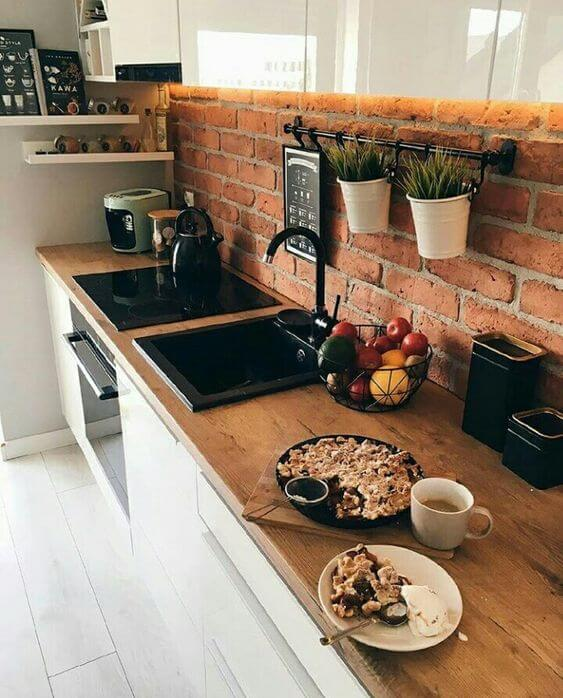 Cozinha com tijolinho de revestimento