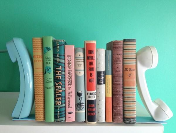 Como fazer aparador de livros com telefone