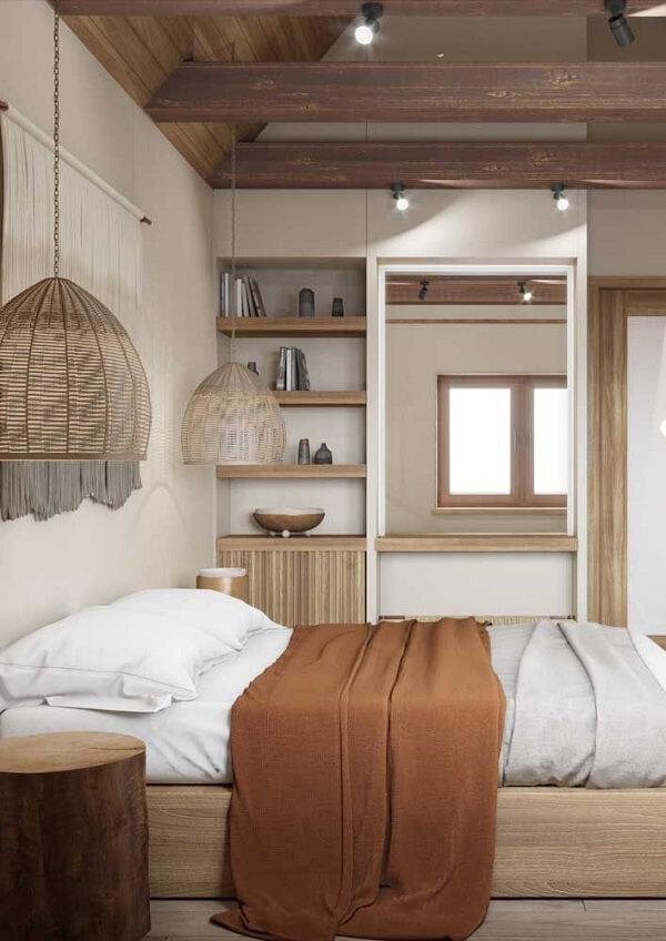 Para uma decoração rústica invista em uma cama de viúva de madeira