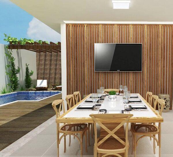 Priorize a circulação e na praticidade na área gourmet rústica com piscina