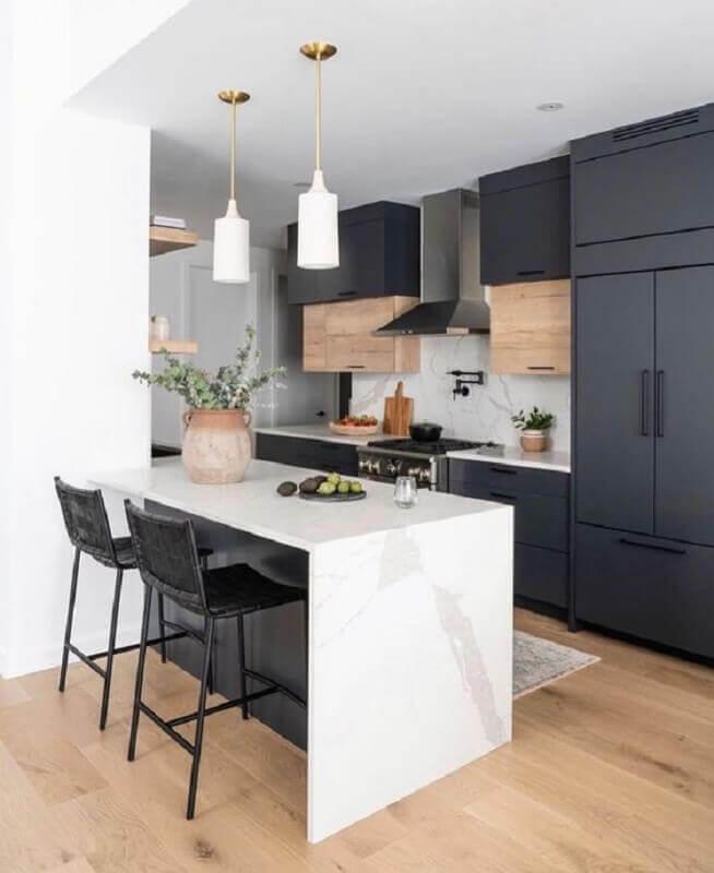 armários pretos para cozinha sob medida com ilha Foto Cedar & Moss