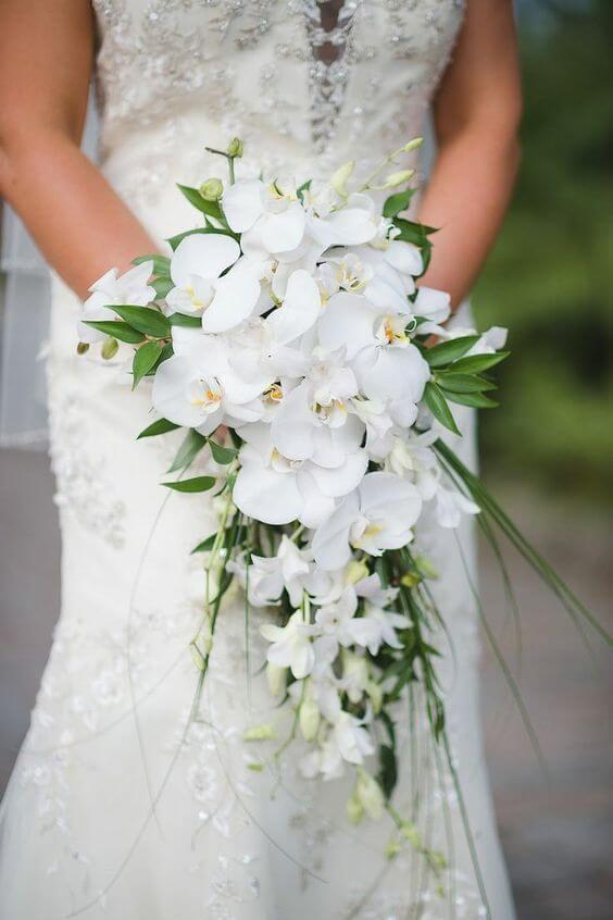 Buquê de orquídea branca
