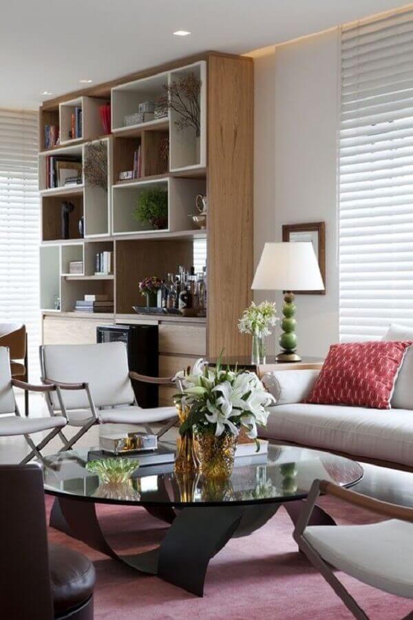 casa conceito aberto decorada com estante de nichos Foto Pinterest