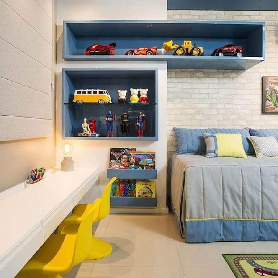 cores para quarto infantil masculino branco azul e amarelo Foto Bee Arquitetura
