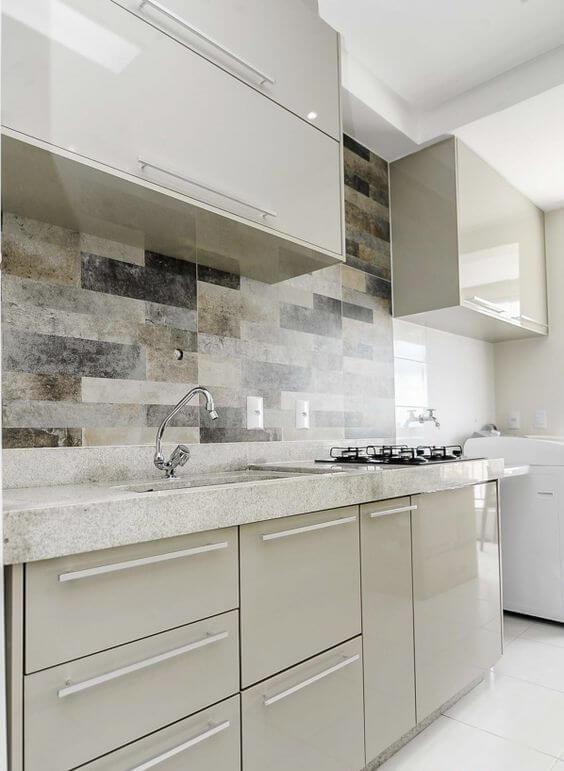 Cozinha clean com cores de granito