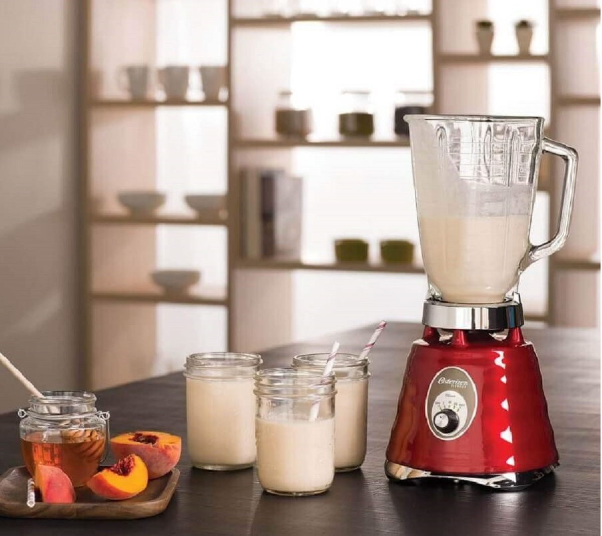 cozinha moderna decorada com liquidificador com copo de vidro Foto Pinterest