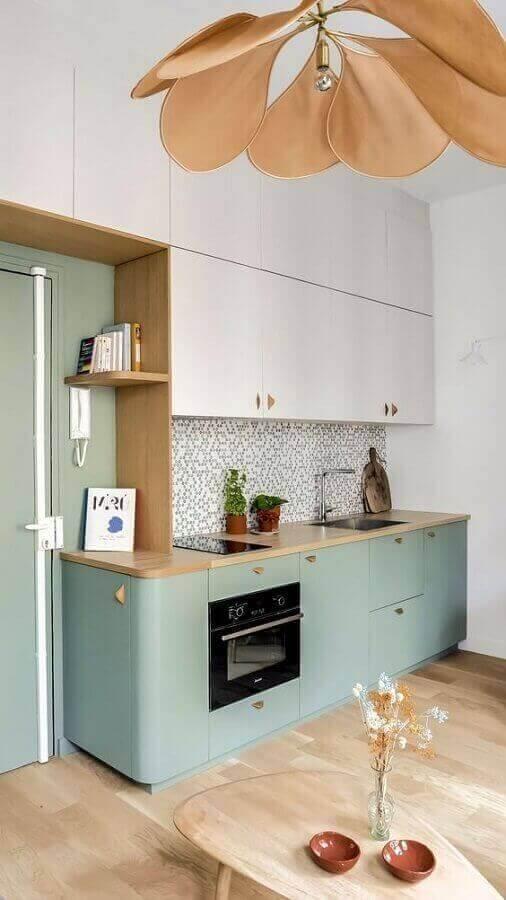 cozinha retrô planejada com armário verde candy colors Foto Behance