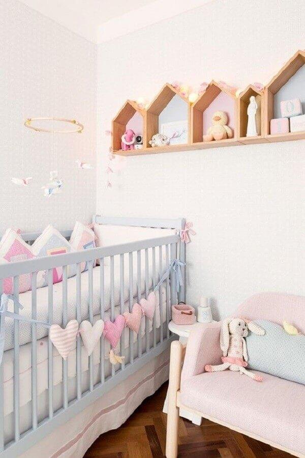 decoração candy colors para quarto de bebê Foto Constance Zahn