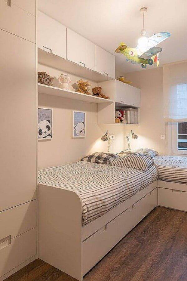 decoração clean para quarto sob medida solteiro compartilhado Foto Casa de Valentina