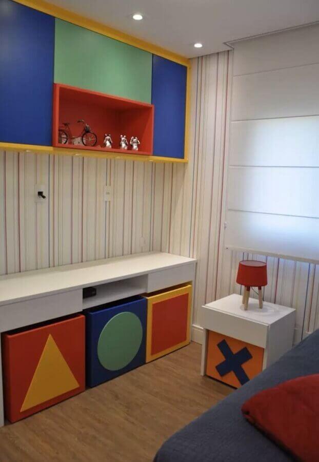 decoração colorida para quarto infantil sob medida Foto Pinterest
