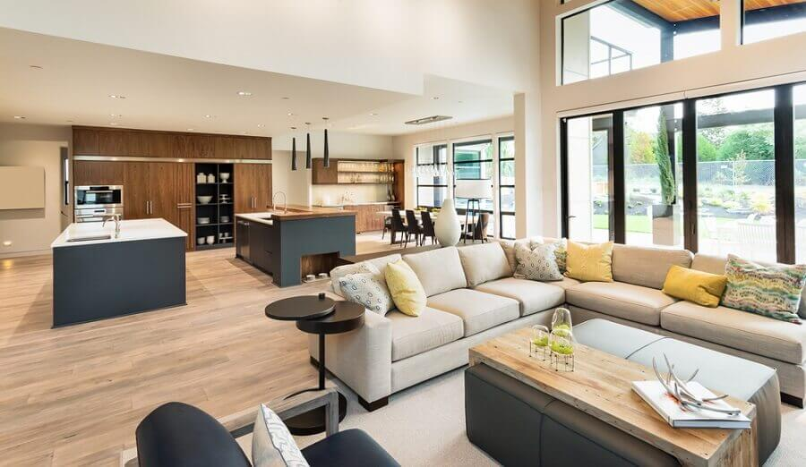 decoração de apartamento moderno com móveis planejados