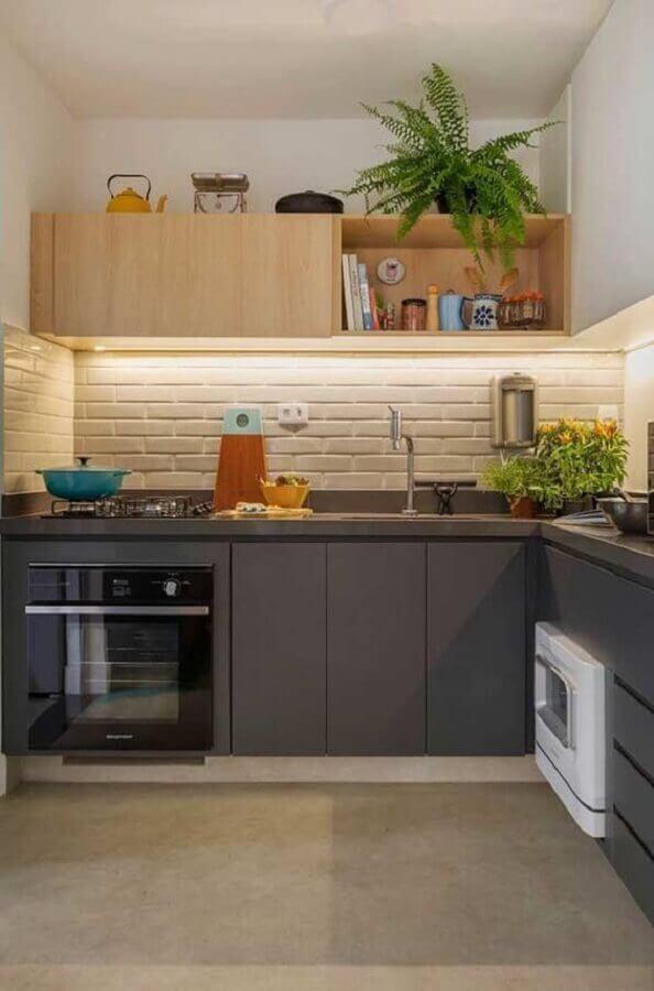decoração de cozinha com tijolinho branco e armário planejado de canto Foto Manual da Obra
