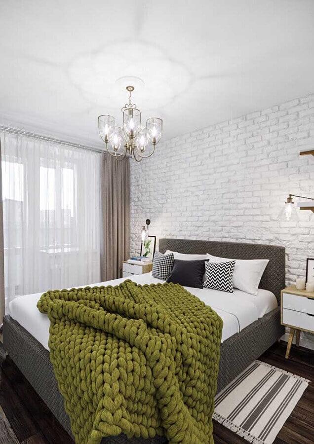 decoração de quarto de casal com papel de parede tijolinho branco Foto Casa de Valentina