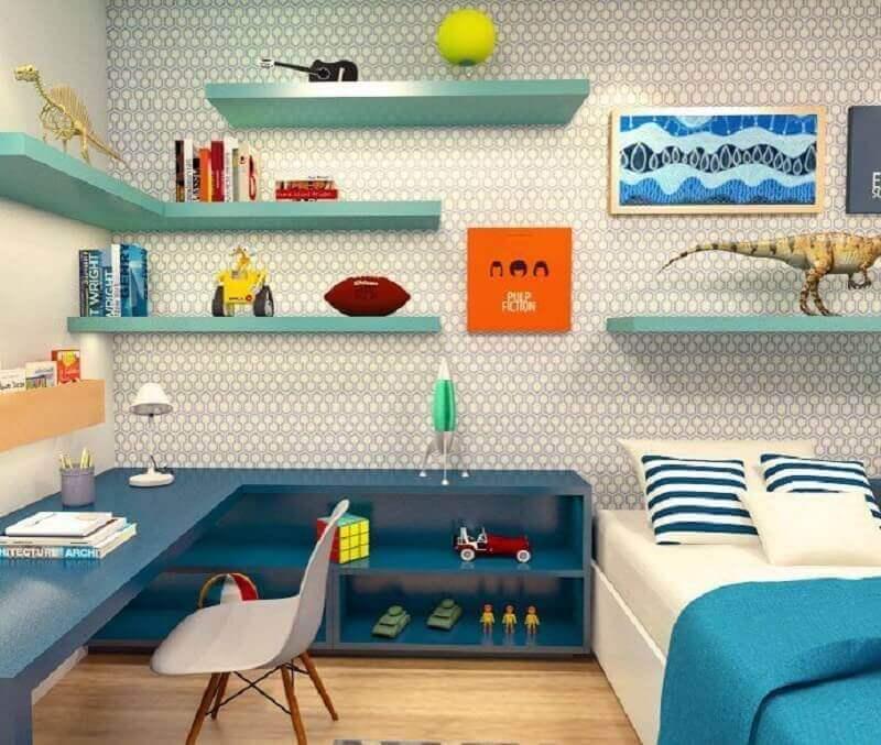 decoração de quarto infantil completo masculino com bancada de estudo planejada Foto Pinterest