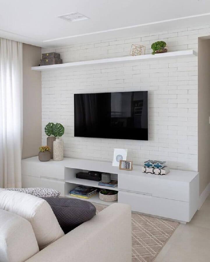 decoração de sala de TV com papel de parede tijolinho branco Foto Pinterest