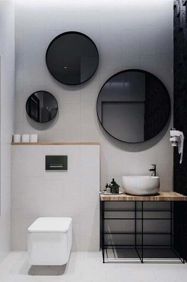 decoração minimalista com vários espelhos para banheiro redondo Foto Home Fashion Trend