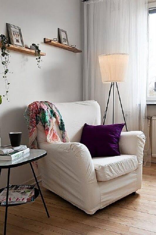 decoração simples para sala com luminária de chão para leitura Foto Simples Decoração