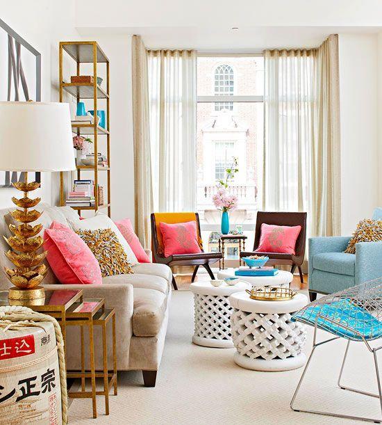 Sala de estar com decoração retrô
