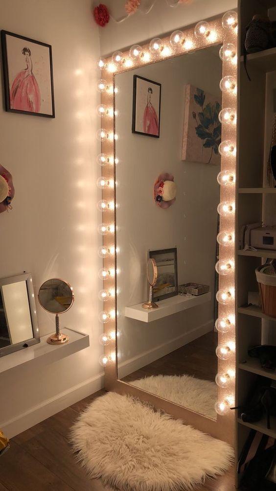 Espelho camarim grande no quarto