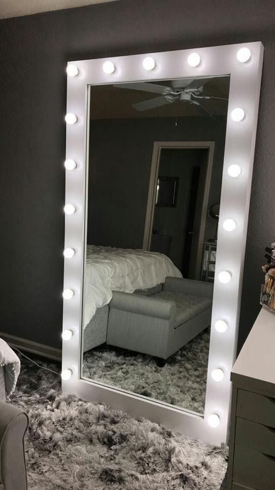 Espelho camarim no quarto