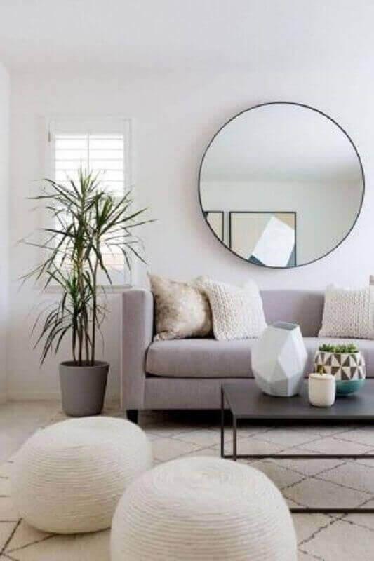 espelho redondo grande para decoração de sala com parede branca Foto Pinterest
