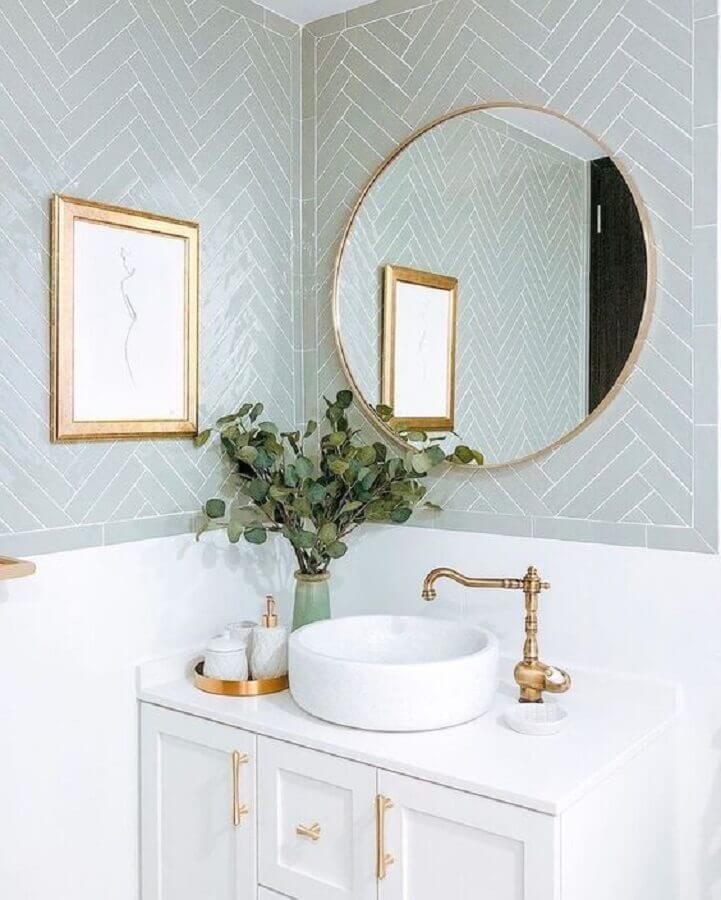 espelho redondo para banheiro com estilo clássico Foto Casa Très Chic