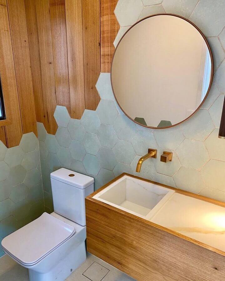espelho redondo para banheiro decorado em cinza e madeira Foto Pinterest