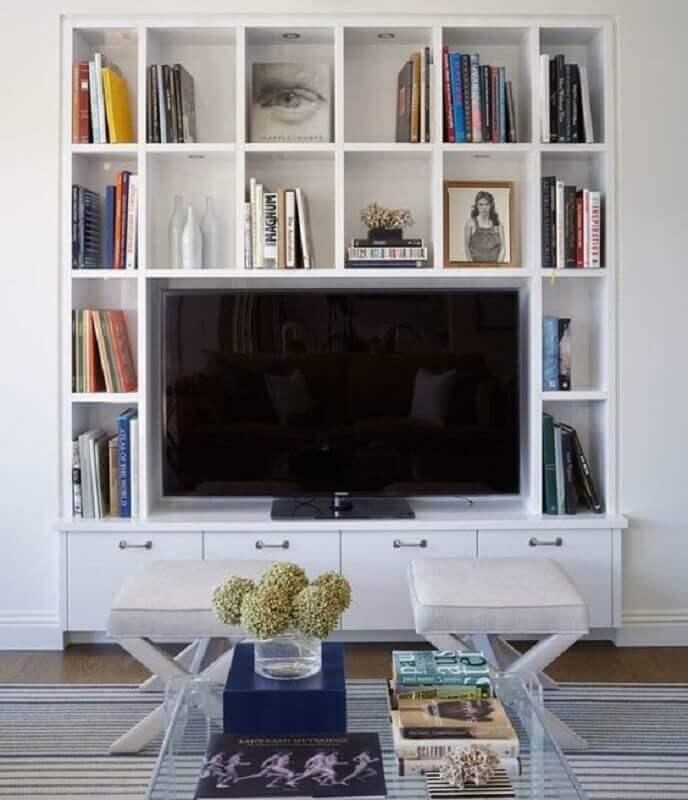 estante de nichos para sala de TV Foto Jeito de Casa