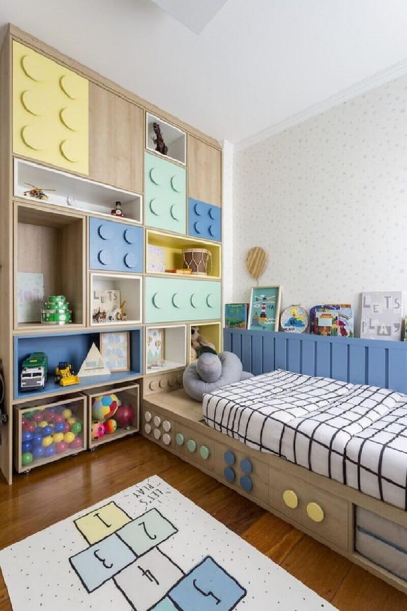 estante de nichos personalizada para quarto infantil planejado Foto Apartment Therapy