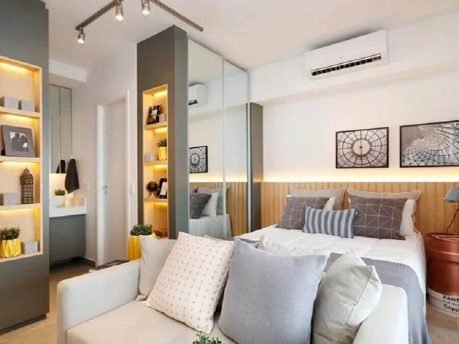 jogo de quarto sob medida casal com nichos embutidos Foto Sesso & Dalanezi Arquitetura + Design