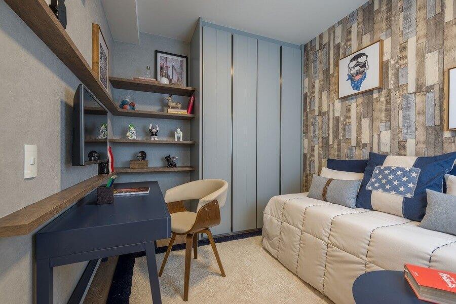 jogo de quarto sob medida solteiro todo azul com papel de parede rústico Foto Jeito de Casa