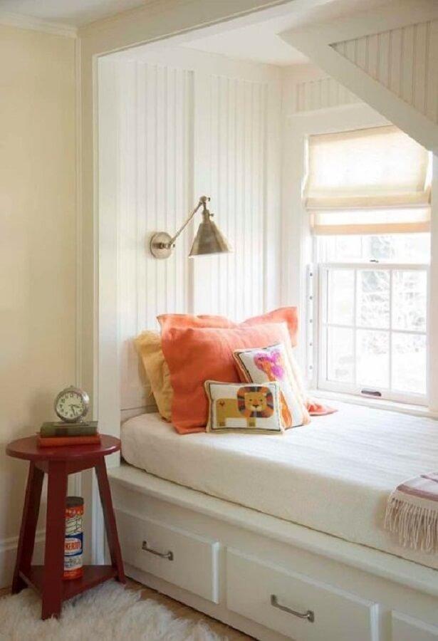 luminária de parede para leitura para cantinho de leitura planejado Foto HomeThings