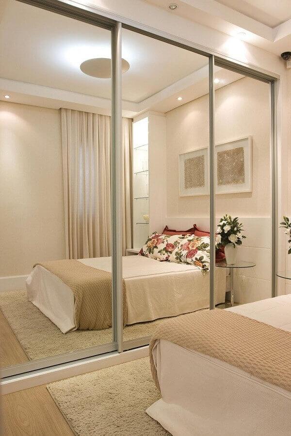 móveis sob medida quarto com guarda roupa espelhado Foto Pinterest