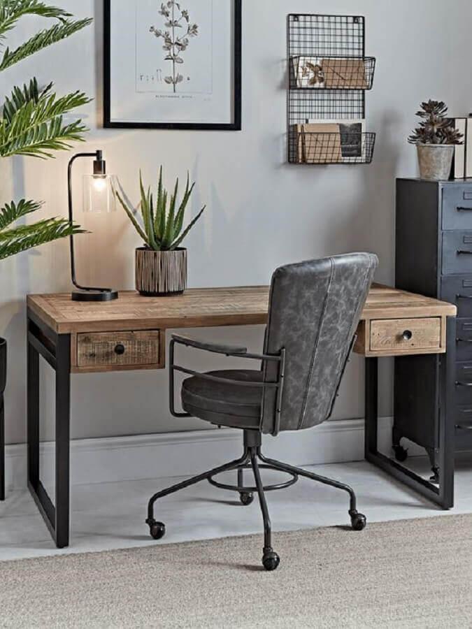 mesa escritório industrial rústica com gavetas  Foto Pinterest