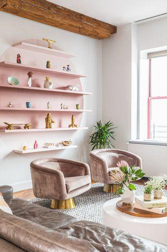 Poltronas de sala retrô cor de rosa