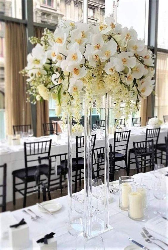 Orquídea branca na decoração de casamento elegante