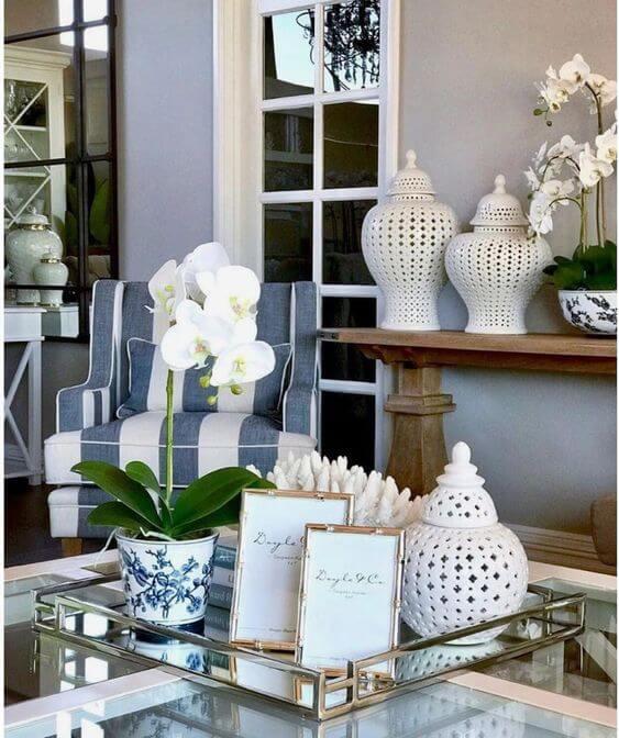 Orquídea branca no centro de mesa