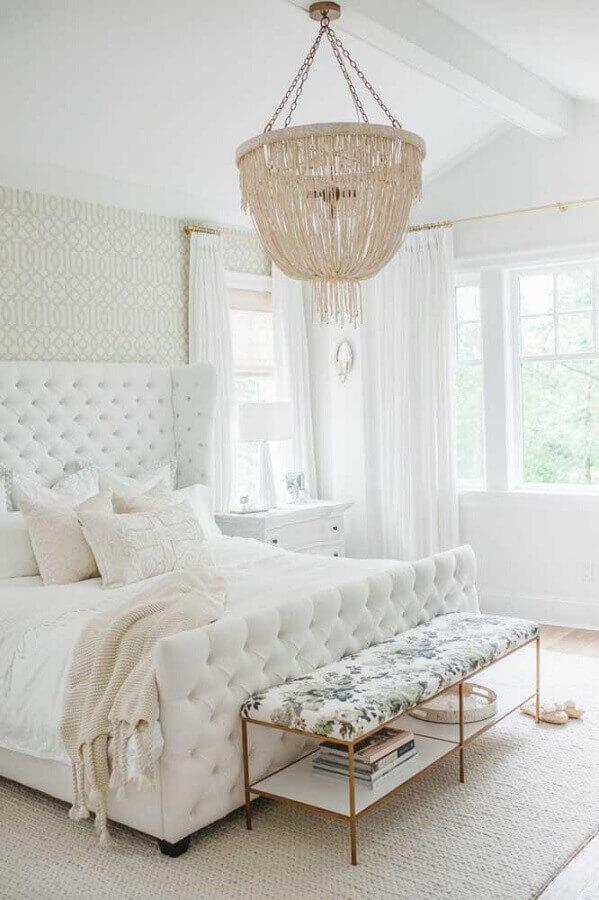 papel de parede branco para quarto de casal romântico todo branco com cabeceira capitonê Foto Home Fashion Trend