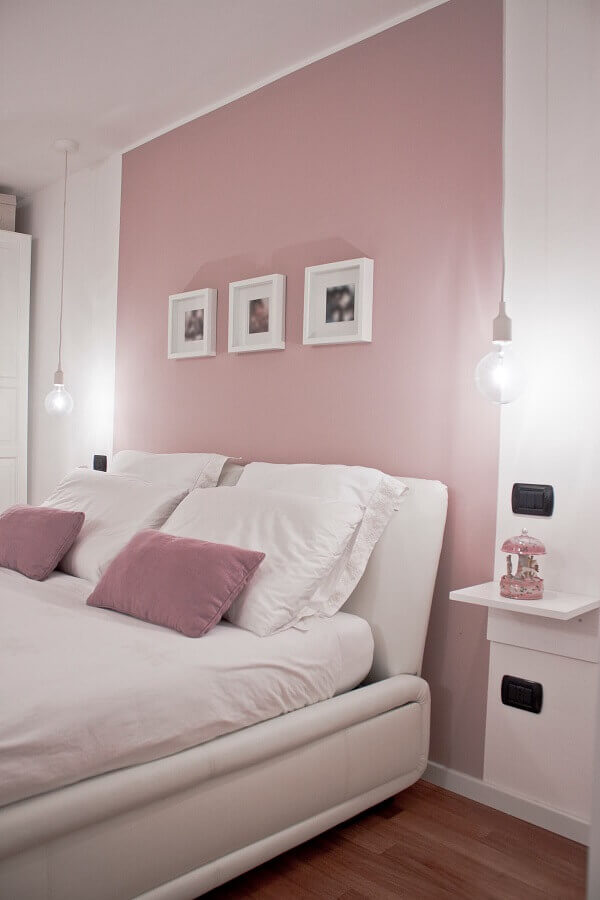 quarto de casal decorado em rosa candy colors e branco Foto Futurist Architecture