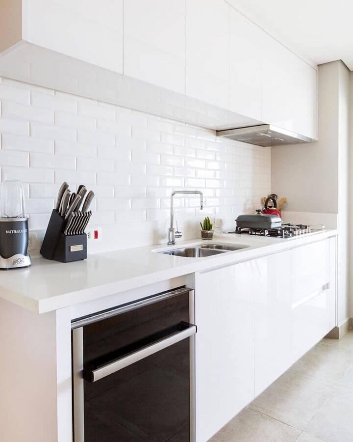 revestimento de parede branco para cozinha planejada clean Foto GF Projetos
