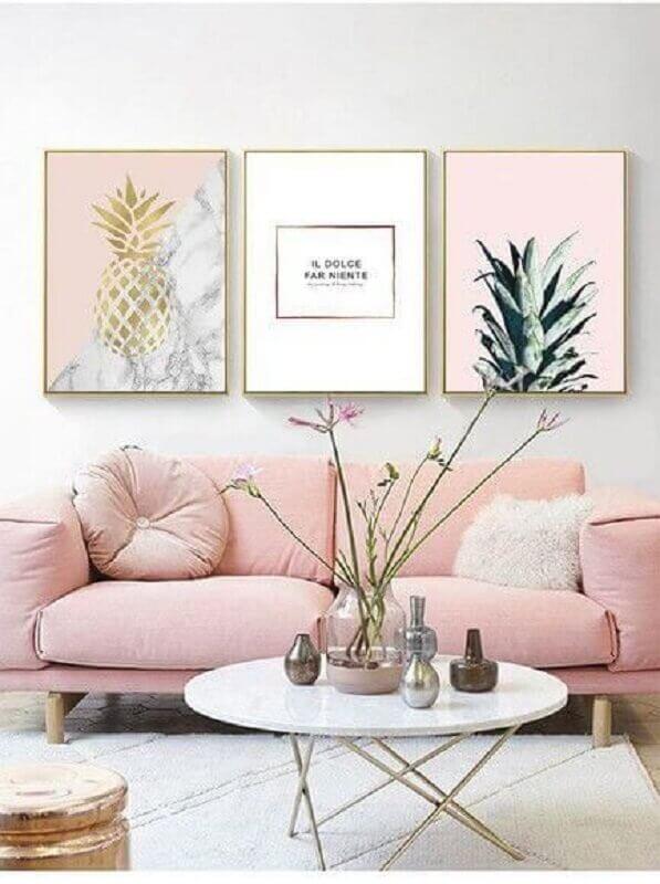 sala de estar clean decorada com sofá rosa candy colors Foto Pinterest