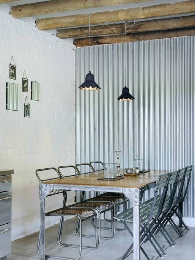 sala de jantar simples decorada com mesa inox industrial Foto Home Fashion Trend