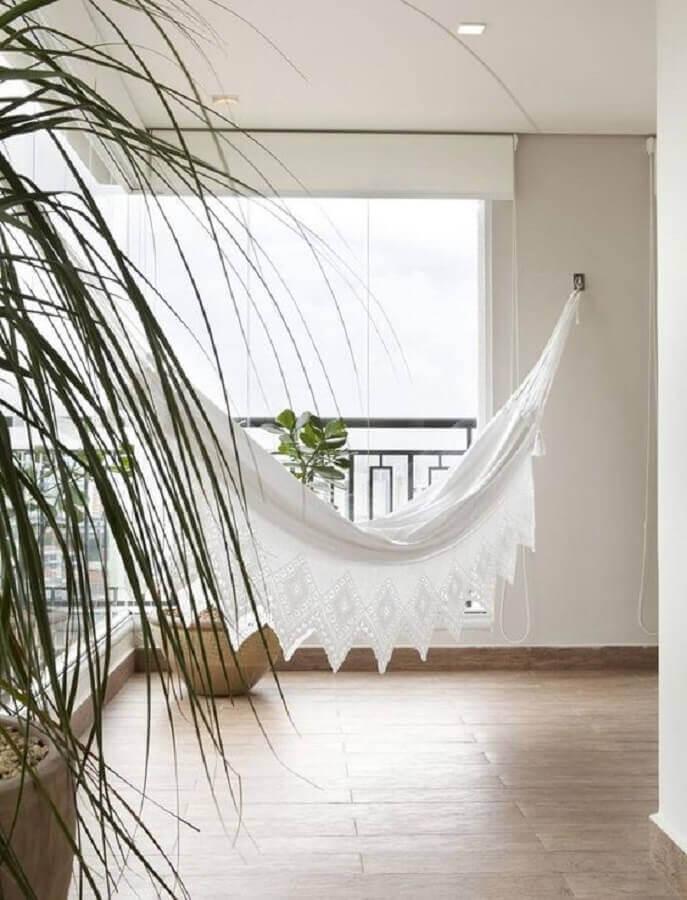 varanda ampla decorada com rede de descanso casal branca Foto Pinterest