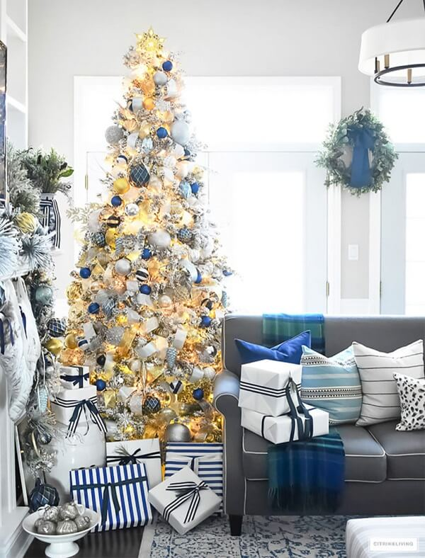 Blue and gold Christmas tree with blinkers